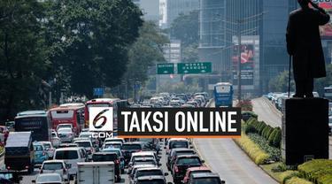 Menteri Perhubungan Budi Karya Sumadi mengatakan, pihak kepolisian akan segera memasangi stiker pada taksi online agar bebas dari sistem ganjil-genap. Hal tersebut dilakukan agar taksi online tetap dapat menjalankan aktivitas tanpa khawatir adanya ga...