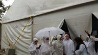 Jemaah haji di posko Kesehatan Haji di Arafah (Foto: Baharuddin/MCH)