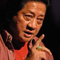 WS Rendra adalah penyair asal Indonesia