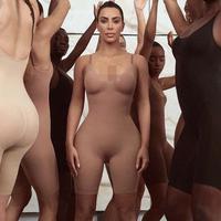 Label pakaian dalam Kim Kardashian. (dok. Instagram @kimkardashian)