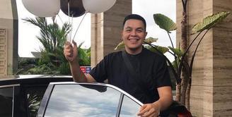 Tulus menjadi salah satu penyanyi solo Indonesia yang penampilannya paling ditunggu saat ini.