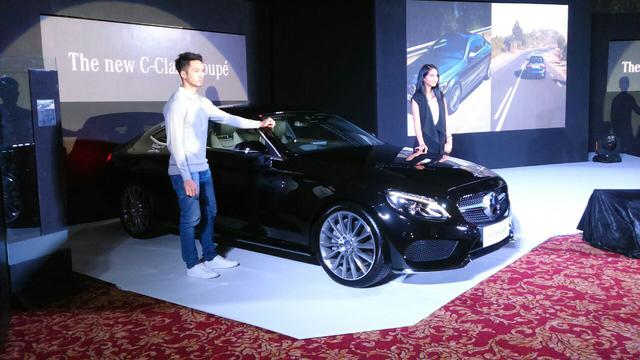 Mercedes C Class Coupe >> Mercy C Class Coupe Dan Estate Debut Di Jakarta Otomotif