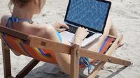 Ada banyak cara yang bisa dilakukan turis untuk melindungi ponsel, tablet dan laptop mereka agar tidak diretas oleh penjahat siber. (iStock)