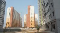 Dari data Dinas PRKP, revitalisasi terhadap Rusun Karang Ayar dilakukan dengan menyulap blok-blok rusun lama menjadi 2 tower rusun baru dengan masing-masing memiliki 16 lantai dan 421 unit.