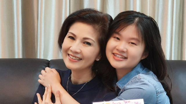 6 Potret Keakraban Felicia Tissue dengan Ibunda, Mantan Kaesang Pangarep