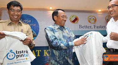 Citizen6, Purwakarta: Di depan peserta rapat kerja Jero Wacik menekankan dukungannya kepada PLN agar mendapatkan gas untuk memenuhi kebutuhan bahan bakar pembangkit sehingga dapat menurunkan subsidi listrik. (Pengirim: Agus Trimukti)