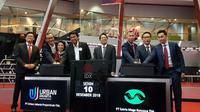 PT Urban Jakarta Propertindo Tbk (URBN) dan PT Satria Mega Kencana Tbk resmi melantai di Bursa Efek Indonesia (BEI) pada Senin (10/12/2018) pagi.