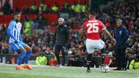Jose Mourinho tak memainkan Paul Pogba dan Alexis Sanchez pada laga melawan Brighton and Hove Albion. (doc. Manchester United)