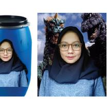 (Foto: @zakiahmuharom/Twitter) Warganet jahil sekaligus kreatif banget edit foto.