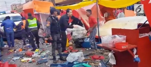 Sebuah gas milik pedagang kaki lima meledak di karnaval Oruro, Bolivia. Sedikitnya 8 orang tewas  dan 40 lainnya luka-luka.