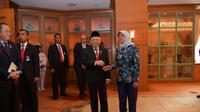 Presiden Singapura Halimah Yacob melakukan kunjungan kenegaraan ke Indonesia dan bertemu dengan Wapres Ma'ruf Amin pada Selasa (4/2). (Source: Kantor Sekretariat Wakil Presiden)