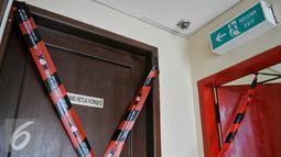 Ruangan Ketua Komisi D DPRD DKI Jakarta, Mohammad Sanusi yang disegel oleh KPK, Jakarta, Jumat (1/4). Sebanyak 4 ruangan di gedung DPRD DKI Jakarta disegel oleh KPK terkait OTT. (Liputan6.com/Yoppy Renato)