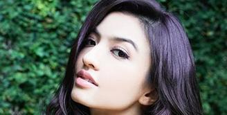 Aktris sekaligus model Raline Shah memang memiliki paras yang cantik.  (via instagram/@raline_shah)