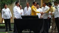 Presiden Joko Widodo menghadiri acara buka puasa bersama dan ngobrol santai bersama relawan Golkar Jokowi (Liputan6.com/ Hanz Jimenez Salim)