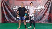 Pemain Persita Tangerang, Chandra Waskito, menggeluti olahraga bela diri Muay Thai selama aktivitas bersama tim diliburkan karena Shopee Liga 1 baru bergulir Februari 2021. (Dok. Media Persita)