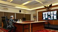 Bupati Banyuwangi rapat online bahas pencegahan virus corona.