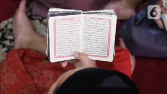 Surat Al-Falaq Terdiri dari 5 Ayat, Ini Manfaatnya Bila Dibaca Setelah Salat