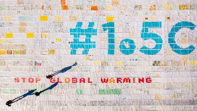 Lebih dari 125.000 kartu pos yang dikumpulkan untuk memecahkan Rekor Dunia Guinness dari kartu pos terbesar