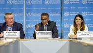 Tedros Adhanom Ghebreyesus (tengah), direktur jenderal Organisasi Kesehatan Dunia, berbicara pada konferensi pers tentang pembaruan COVID-19, di kantor pusat WHO di Jenewa, Swiss.(Salvatore Di Nolfi/Keystone via AP)