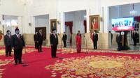 Presiden Jokowi melantik 6 menteri dan 5 wakil menteri di Istana. (Youtube Sekretaris Presiden)