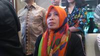 Wa Daya di Kementerian Luar Negeri. Ia adalah istri serta ibu dari dua WNI yang diculik Abu Sayyaf. Dok: Tommy Kurnia/Liputan6.com