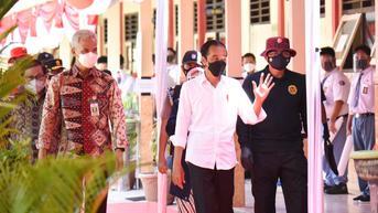 Tinjau Vaksinasi yang Digelar BIN, Jokowi Titip Dua Pesan untuk Pelajar dan Santri
