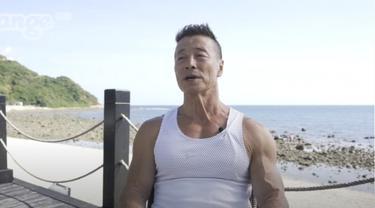 Kakek 72 tahun bertubuh kekar di China