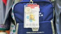 Kartu Kesehatan Jemaah Haji menggantikan bentuk buku yang biasa dipakai untuk mengetahui riwayat kesehatan jemaah haji. (Foto: Kementerian Kesehatan RI)