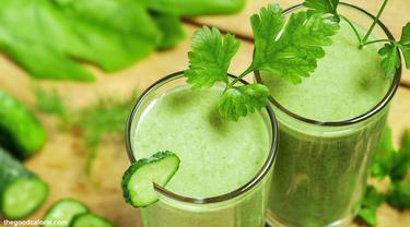 green-smoothie-130828b.jpg