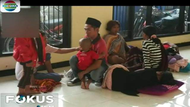 Dari ke-37 orang yang diamankan, tiga diantaranya adalah balita yang sengaja dibawa orang tuanya untuk menjadi TKI di Negeri Jiran, Malaysia.