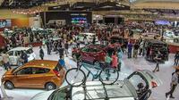Suasana pameran otomotif GIIAS (Oto.com)