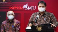 Menteri Koordinator Bidang Perekonomian Airlangga Hartarto memberikan keterangan pers usai Rapat Terbatas, Senin, 5 April 2021 di Kantor Presiden, Jakarta. (Biro Pers Sekretariat Presiden)