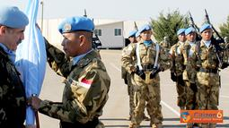 Citizen6, Lebanon: Pelaksanaaan upacara serah terima dipimpin langsung oleh Komandan Seceast UNIFIL Brigjen Fernando Guitierrez Diaz de Otazu, di Markas Indobatt POSN 7-1 Adshit al Qusayr, Lebanon Selatan, Senin (28/11). (Pengirim: Badarudin Bakri)