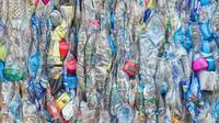 Ilustrasi sampah plastik. (Sumber NanD_PhanuwatTH/Shutterstock.com)