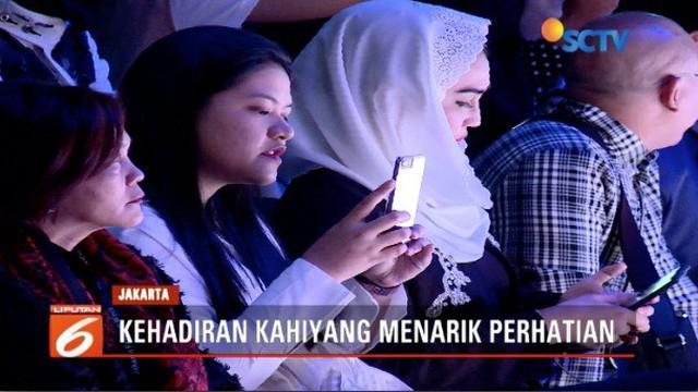 Kahiyang Ayu hadiri Jakarta Fashion Week 2019 tanpa pengawalan Paspampres.