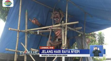 Warga Mataram, Nusa Tenggara Barat, gotong royong siapkan ogoh-ogoh jelang Hari Raya Nyepi.