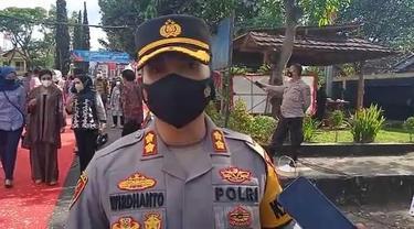 Kapolres Garut AKBP Wirdhanto Hadicaksono menyatakan, untuk merespon keluhan warga, lembaganya segera melangsungkan razia untuk mengamankan knalpot bising.