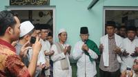Capres Joko Widodo mendatangi pondok pesantren Al-Muaayad Mangkuyudan, Solo, Jumat (20/6/14) (Liputan6.com/Herman Zakharia)