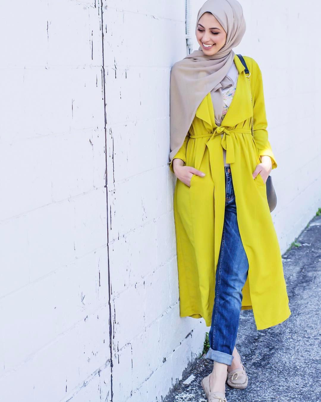 Gaya busana hijab ala hijabers. (sumber foto: @hanantehaili/instagram)