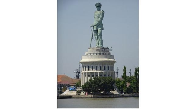 5 Patung Dan Monumen Di Surabaya Jadi Tujuan Wisata Sejarah Surabaya Liputan6 Com