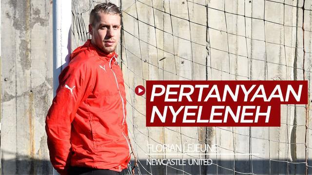 Berita video pemain Newcastle United, Florian Lejeune, menjawab pertanyaan nyeleneh soal buang mayat. Apa jawabannya?