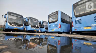 Wajah Baru Bus Transjakarta Zhong Tong