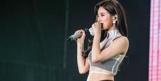Sepanjang 2018 ini, Suzy mempunyai jadwal yang sangat padat. Setelah bermain dalam beberapa drama dan menjalani sejumlah pemotretan, kini ia disibukkan dengan tur fanmeeting di Asia. (Foto: allkpop.com)