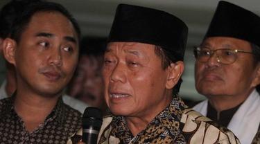 Menteri Penerangan era Presiden Soeharto, Harmoko.