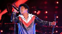 Brooklyn, Denver, Tulsa, dan Philadelphia pun menjadi beberapa tempat yang akan dihibur Bruno Mars bersama dengan Cardi B. (Kevin Winter/Getty Images for NARAS/Billboard)