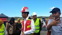 Presiden RI Joko Widodo (Jokowi) meresmikan Bendungan Gondang yang terletak di  Desa Jatirejo, Kecamatan Ngargoyoso, Kabupaten Karanganyar, Jawa Tengah, Kamis (2/5/2019).