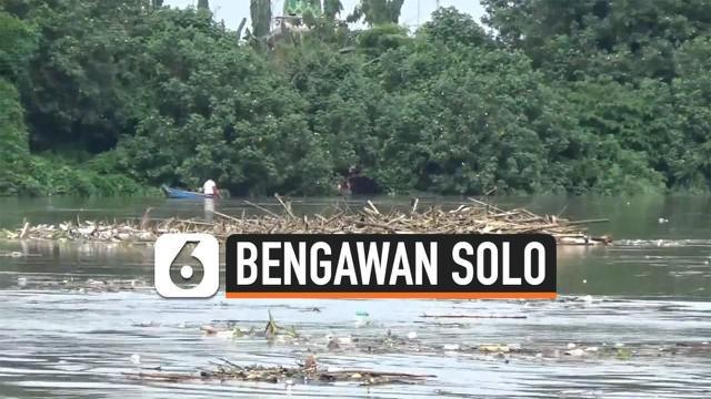 Tingginya curah hujan dari hulu hingga hilir membuat ketinggian air Sungai Bengawan Solo mengalami kenaikan. Kota Bojonegoro dinyatakan dalam siaga kuning atau siaga 1.