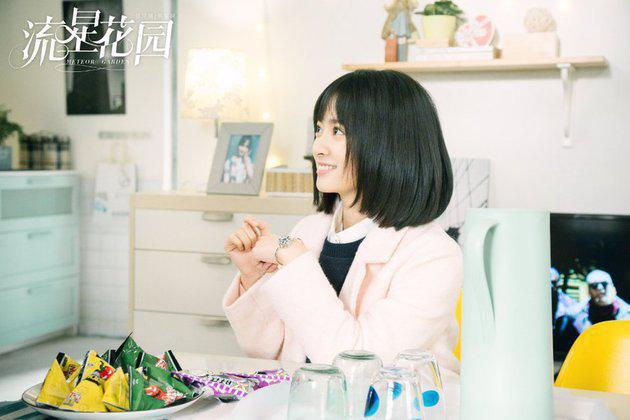 Oh ya saat ini Shen Yue juga laris sebagai model dari berbagai produk lho. Mulai dari minuman sampai kosmetik, Mac. Dia lovable banget sih jadi mudah dalam menarik perhatian./Copyright Istimewa/pit