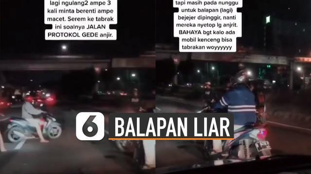 Beredar video aksi pengendara motor adakan balapan liar di tengah jalan umum hingga menyetop kendaraan yang sedang melintas.