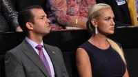 Foto pada tanggal 21 Juli 2016, Donald Trump Jr. dan istrinya Vanessa Trump saat menghadiri Konvensi Nasional Partai Republik di Cleveland, Ohio. Vanessa Haydon menggugat cerai Donald Trump Jr setelah keduanya menikah 12 tahun. (AFP Photo/Robyn Beck)